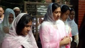 কোকোর স্ত্রী শর্মিলা রহমান সিথি ঢাকায়
