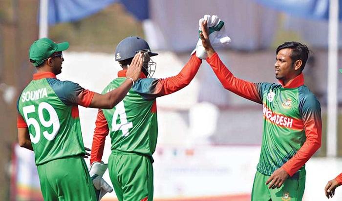 নেপালকে ৪৪ রানে হারিয়ে ফাইনালে বাংলাদেশ