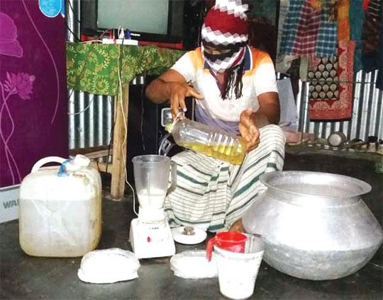 চট্টগ্রামে নকল প্যাকেটজাত দুধের ব্যবসা