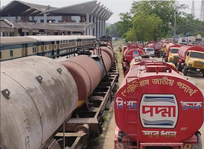 চট্টগ্রামে লোপাট হচ্ছে সরকারি তেল, রাজস্ব হারাচ্ছে সরকার