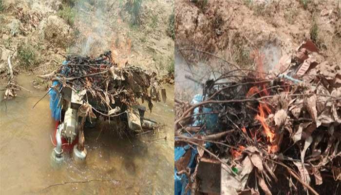 সাতকানিয়ায় অবৈধ বালু উত্তোলন: ড্রেজার মেশিন ধ্বংস