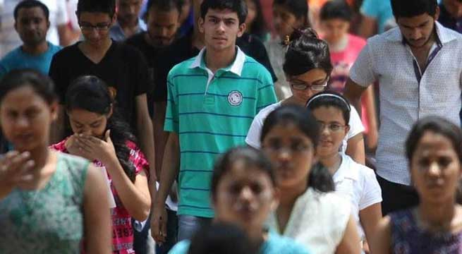 ভারতে এক মাসেই চাকরি হারিয়েছে ১২ কোটি মানুষ