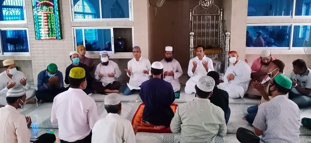 দোয়া মাহফিল চট্টগ্রাম মহানগর আওয়ামী মৎস্যজীবী লীগের