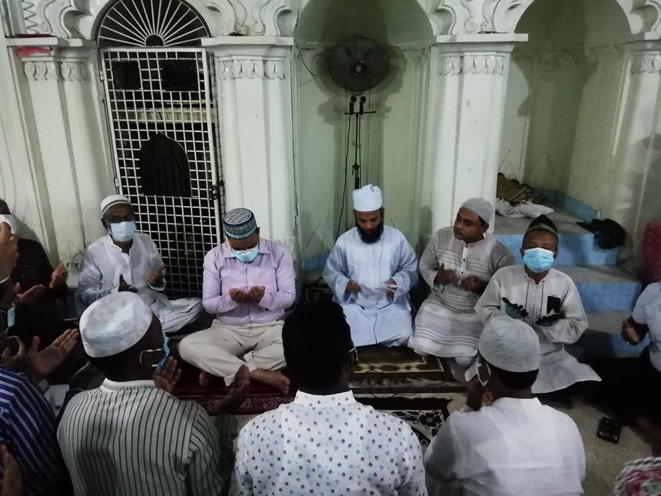 জাতীয় শোক দিবসে বিপণী বিতান দোকান কর্মচারী ইউনিয়নের দোয়া মাহফিল