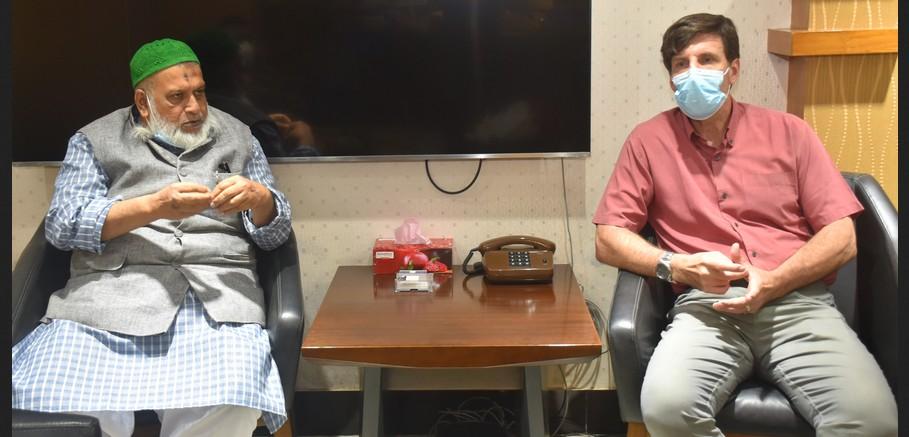 চসিক প্রশাসকের সাথে ইউএস সেন্টার ফর ডিজিস কন্ট্রোল এন্ড প্রিভেনশনের প্রতিনিধি দলের সাক্ষাত