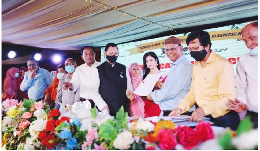 'করোনাকালে মা ও শিশু হাসপাতালের অবদান প্রশংসার দাবি'