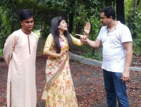 চট্টগ্রামে টিভি নাটক পরিচালনায় নাম লিখালেন নাসরিন হীরা