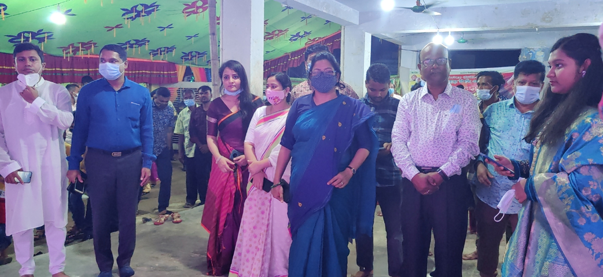 বান্দরবানের পূজা মন্ডপ পরিদর্শণ করলেন জেলা প্রশাসক
